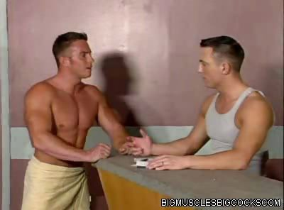 Porno Video of Gay Muscle Men Fucking