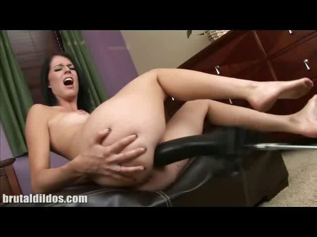 Porno Video of Clara Dildo Machine Fucking