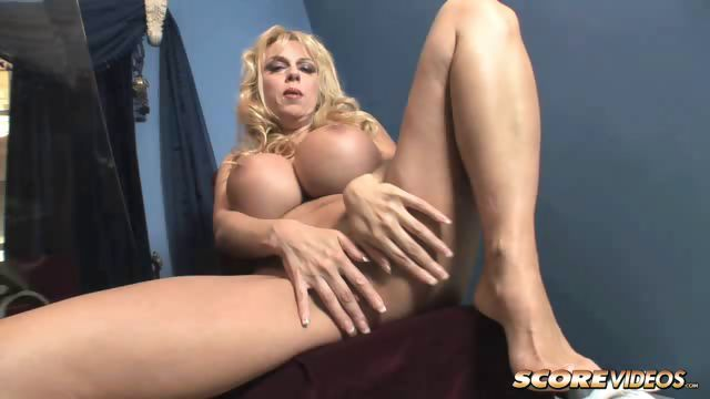 Porno Video of Harmony Bliss Juggy Doll