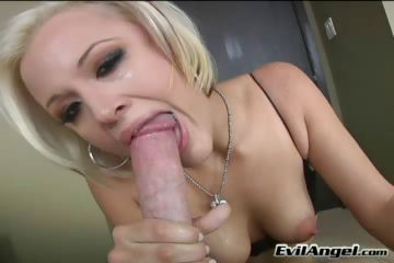 Porno Video of Natural Tits,deep Throat,blowjob,blonde,colored Hair,straight Porn