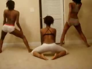 Porno Video of Amazing Ebony Trio Booty Shake Tease