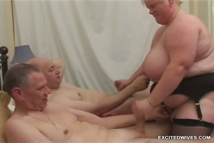 Porno Video of Fat Granny In Action