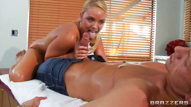 Porn Tube of A Dirty Masseuse