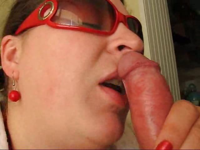 Porn Tube of Chubby Wife Receives Cum In Her Mouth