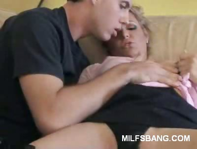 Porno Video of Kinky Milf Foreplay