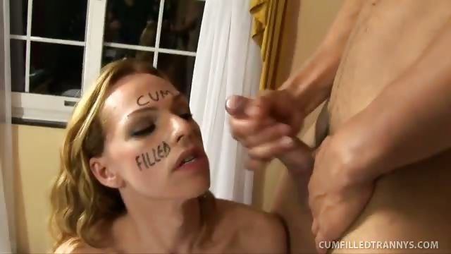 Porno Video of Gorgeous Tranny Takes Internal Cumshot