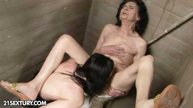 Porno Video of Old Vs Young