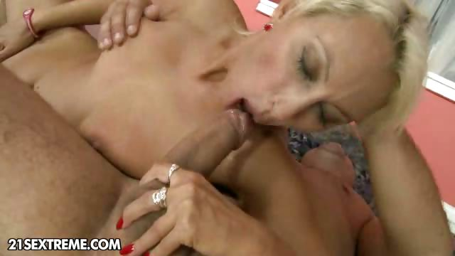Porn Tube of Sexy Granny