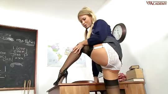 Porno Video of Natalia Forrest - Stood Up...