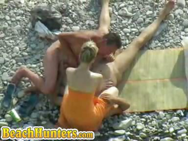 Porno Video of Bi Voyeur Beach Sex