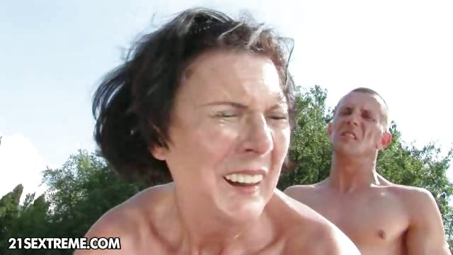 Porno Video of Countryside Idyll