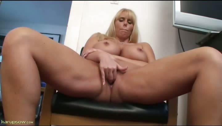 Porno Video of Karen Fisher