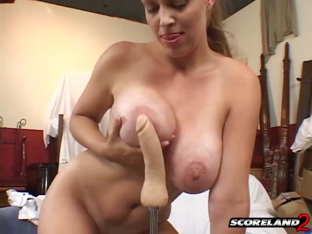 Porno Video of Charlee And The Fuck Machine