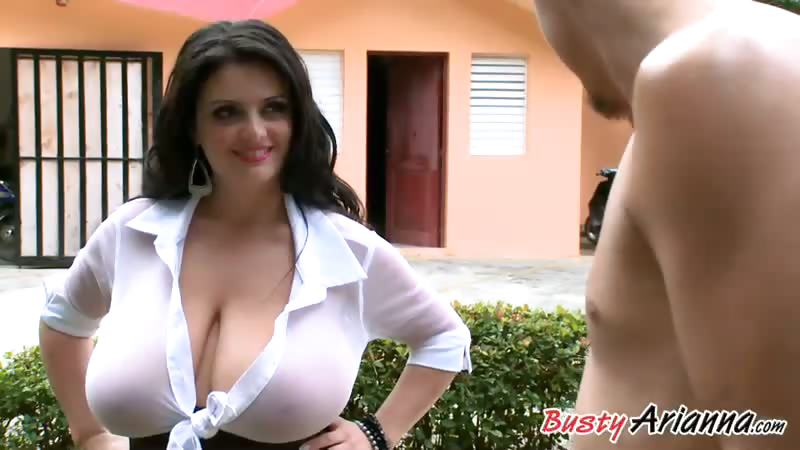 Sex Movie of For An Encore, Arianna Does It Outdoors