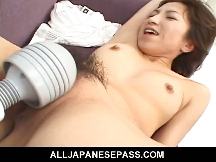 Porno Video of Furry Cutie Airi Nakajima In White Lingerie Plays With Food In Her Mature Pussy