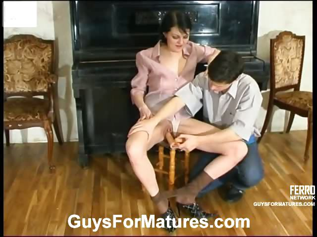 Porno Video of Eager Guy Caressing Mature Pussy Craving For Frenzied Dicking By The Piano