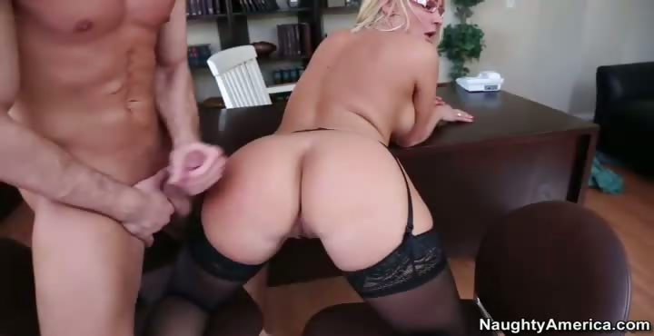 Porno Video of Mellanie Monroe