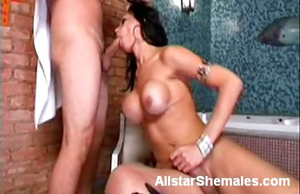 Sex Movie of Shemale Izabely Sucking Off A Cock