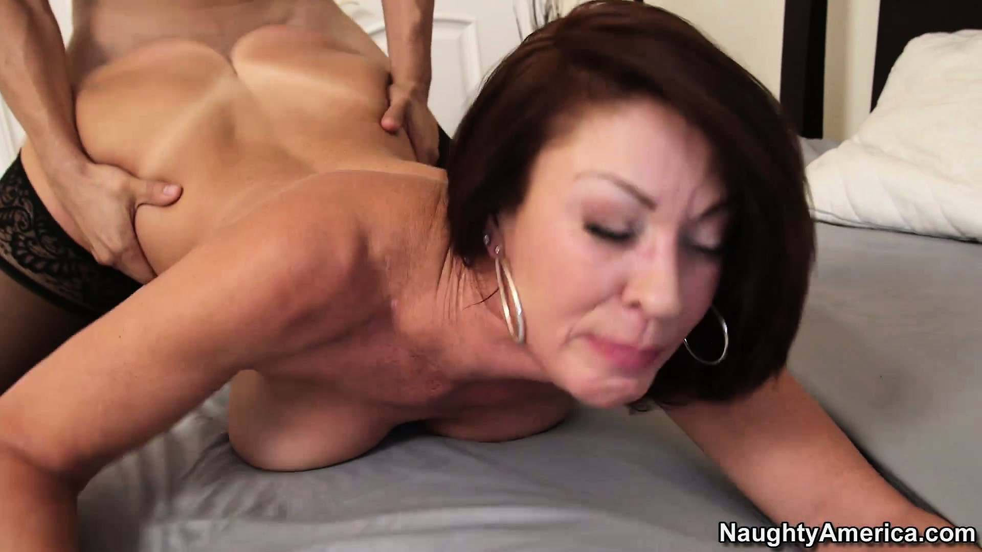 Porno Video of Vanessa Videl Decides To Wake Him Up Like This Every Morning