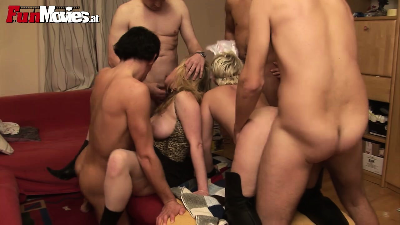 Porno Video of It's An All Out Pussy Pounding, Cock Sucking Free For All Sex Party
