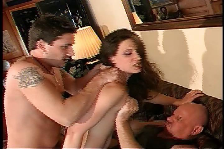 Porno Video of This Brunette Babe Gets Taken From Both Ends In A Gangbang