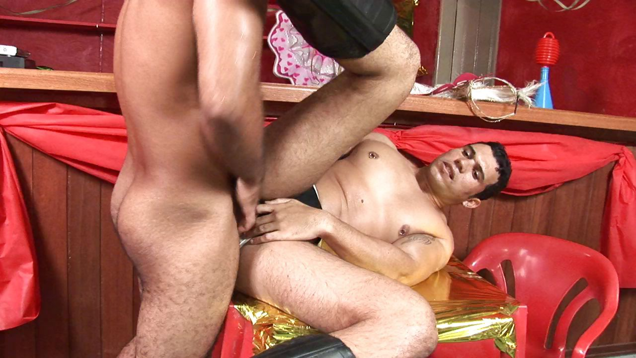 Porn Tube of Two Latino Gay Studs Meet At A Party And Blow Rod And Bang Ass