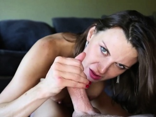 Kinky Brunette Mother With Big Boobs And Sexy Long Legs Gives A Handjob