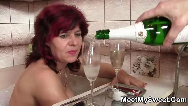 Porno Video of Kinky Fuck With His Parents