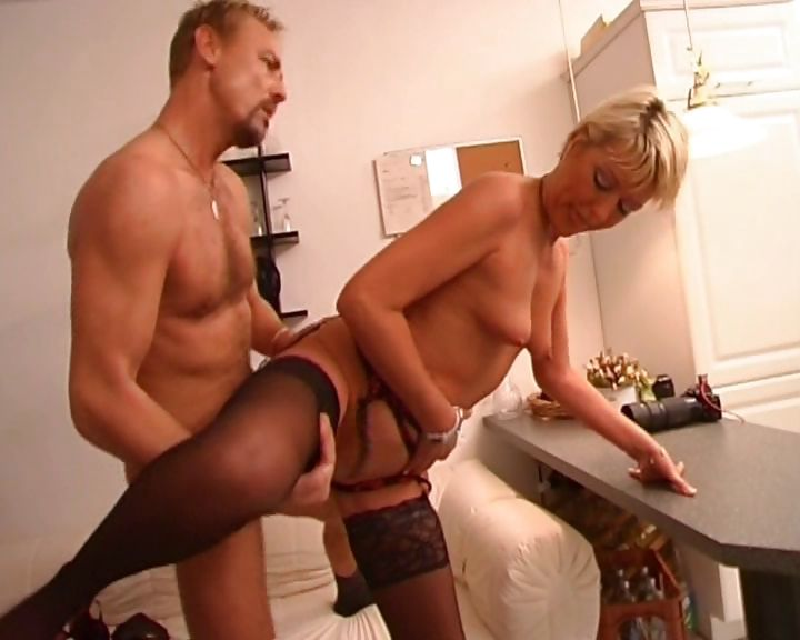 Porno Video of Blonde Milf Gets Some Special Home Treatment By The Doctor And A Facial