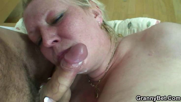 Porn Tube of Chubby Granny Bedroom Fuck