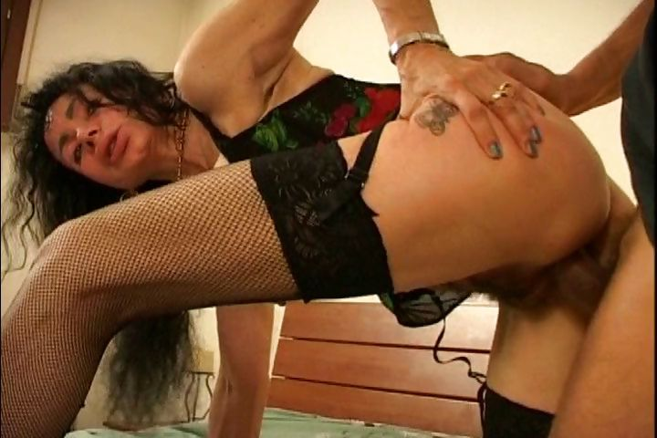 Sex Movie of Skinny Mature Brunette In Sexy Lingerie Rides His Dick In Her Furry Muff