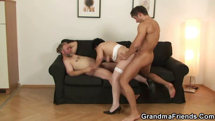 Porn Tube of Hubby Gets Wife New Cock For Birthday