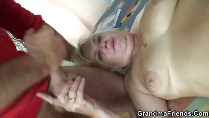 Porno Video of Slutty Granny Pumped