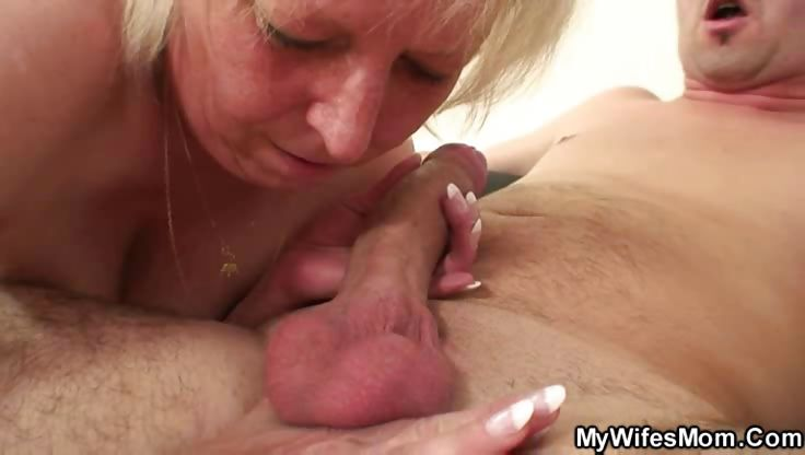 Porno Video of Hot Pussy Granny Gets Pounded