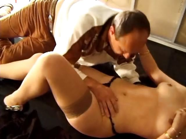 Porno Video of Mommy And Daddy Are Playful Enough For Their Debut Porn Shoot