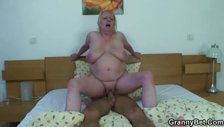 Porno Video of Crazy Granny Needs Sex