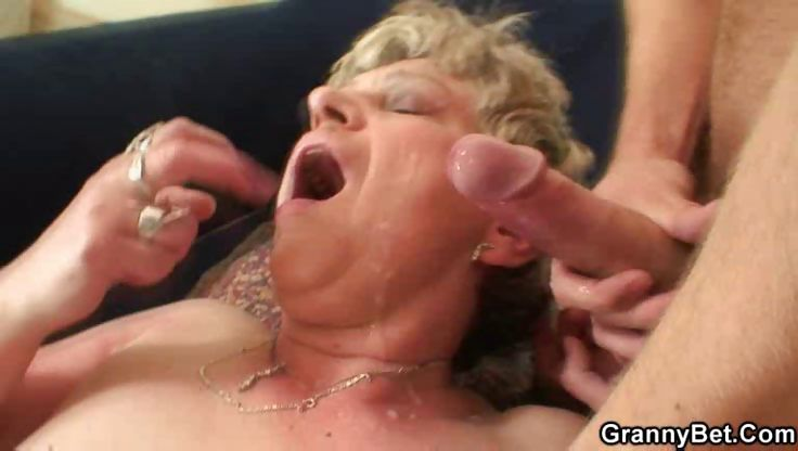 Porno Video of The Granny Gets Cum On Her Face