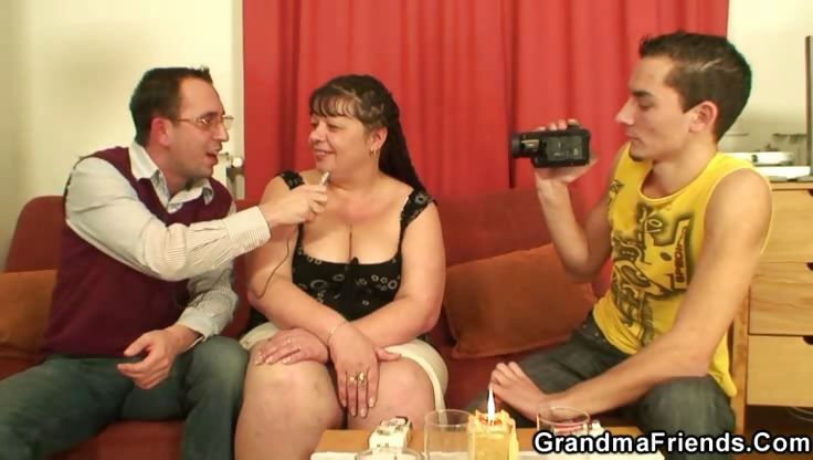 Sex Movie of Mature Fatty Wants Meat