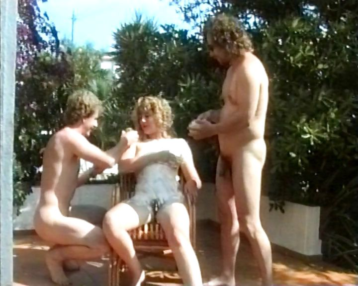 Porno Video of Horny German Milf With Trimmed Bush Gets Nailed On A Table