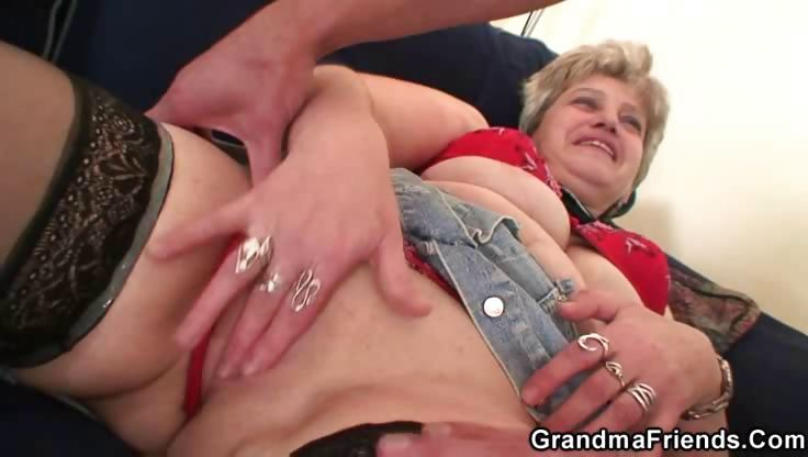 Porn Tube of Granny Slut Enjoys Two Dicks