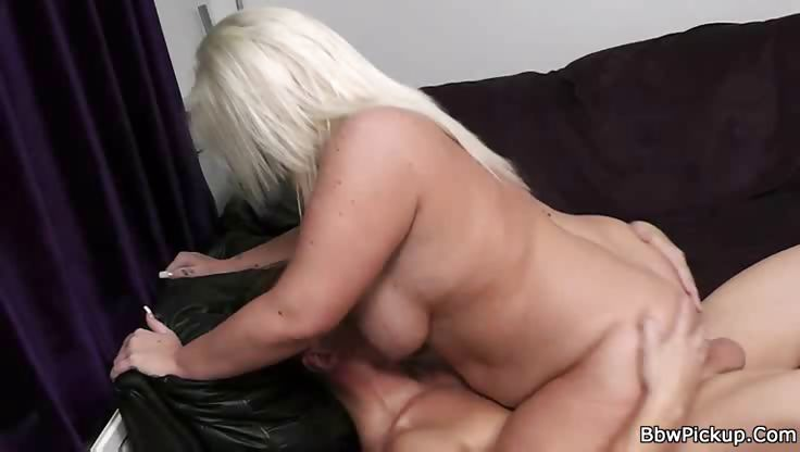 Porn Tube of Tattooed Bbw Blonde Shafted