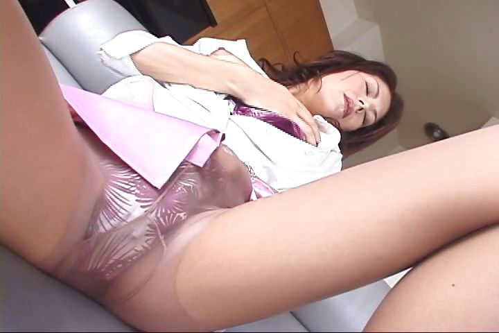 Porno Video of Watch This Japanese Milf Take Off Her Pantyhose And Masturbate