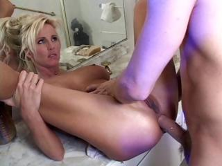 Porno Video of Blonde Milf Eats His Cock, Gets Licked And Then Gets Her Ass Banged