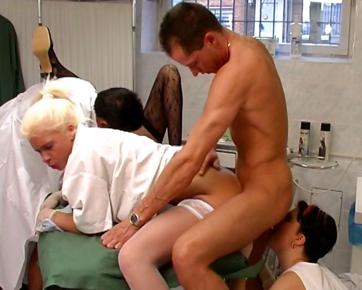 Porn Tube of Kinky Medical Team Do Some Nasty Sex In The Doctor's Exam Table