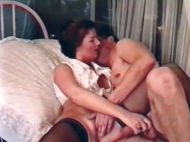 Sex Movie of Vintage Video Of A Hot German Milf Getting A Juicy Creampie