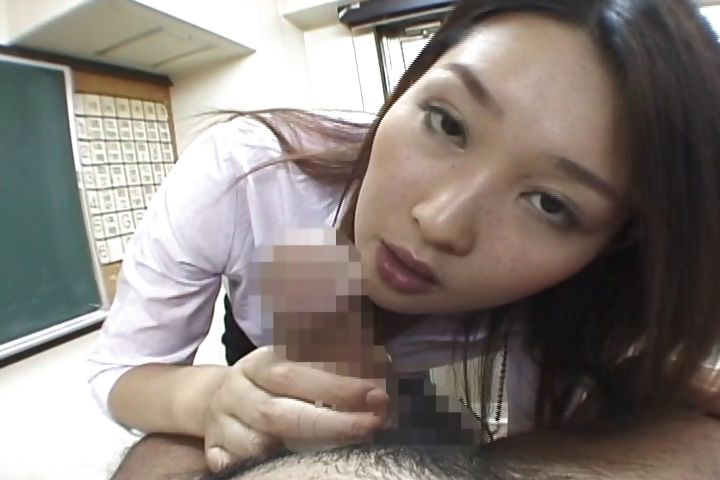 Porno Video of Beautiful Asian School Teacher Shows How To Give A Perfect Bj