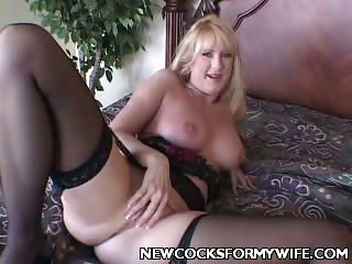 Porn Tube of Mature Housewife Spreading Her Cooze